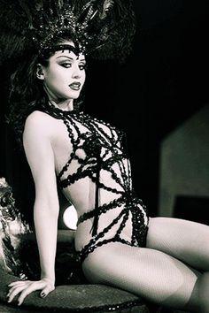 Dolly Lamour burlesque dancer http://www.burlexe.com/dolly-lamour-burlesque-gif/ | Love burlesque as much as us? Follow our board --> http://www.pinterest.com/thevioletvixen/burlesque-babies/