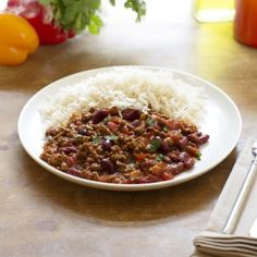 Try this healthier, low fat Chilli Con Carne recipe for a tasty take on a classic. Enjoy a low calorie vegetarian version of with Quorn Meat Free Mince. Quorn Recipes, Mince Recipes, Chilli Recipes, Veggie Recipes, Vegetarian Recipes, Healthy Recipes, Veggie Dinners, Veggie Food, Vegetarian Chilli Con Carne