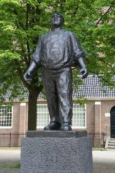 De Dokwerker in Amsterdam, ter nagedachtenis aan de Februaristaking van 1941.