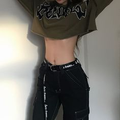 ☆ ☆ grunge outfit inspiration alternative Korean fashion ideas Stylish and Comfy Winter School Outfits Ideas Edgy Outfits, Korean Outfits, Mode Outfits, Girl Outfits, Hipster Outfits, Summer Outfits, Kpop Fashion Outfits, Korean Fashion Styles, Goth Outfit