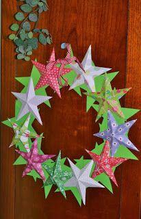 Corona de Navidad con estrellas de papel (Christmas wreatch) ~ Childstorming