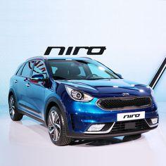 '2016 #제네바 국제 #모터쇼 ' 에 #참가 한 #기아자동차 는 #하이브리드 #SUV #니로 를 유럽시장에서 #최초 로 선보였습니다  #KIA #motors participates in 2016 #Geneva #International #Motor #Show to show off #hybrid SUV #Niro in European #market for the #first time  #motor #car #eco #Palexpo #Swiss #open #world #자동차 #오토쇼 #스위스 #팔렉스포
