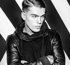 Stephen James  Tigha Clothing @stephen_james_hendry Instagram