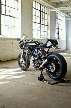 """Ducati 900 SS """"Leggero"""" by"""