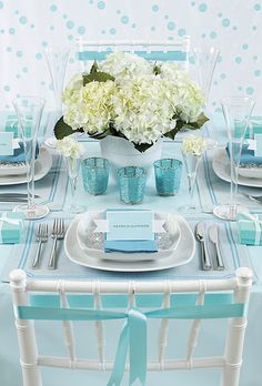 Tiffany blue table setting  For a complete Tiffany & Co. Decor look check out https://www.etsy.com/shop/SandysSignatures