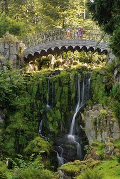 The fairytale gardens of Wilhelmshöhe Castle Bergpark Wilhelmshöhe in Kassel, Germany. Oh The Places You'll Go, Places To Travel, Places To Visit, Germany Travel, Dream Vacations, Wonders Of The World, Travel Inspiration, Style Inspiration, Parks