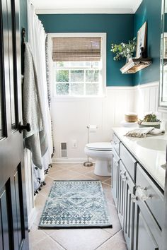 s / Guest Bathroom Makeover Reveal &;s / Guest Bathroom Makeover Reveal &;er House Manuela H. Home is where your heart is Kid&;s / […] room makeover on a budget Mold In Bathroom, Guest Bathrooms, Bathtub, Bathroom Mirrors, White Bathrooms, Bathroom Photos, Luxury Bathrooms, Wall Mirrors, Bathroom Hardware