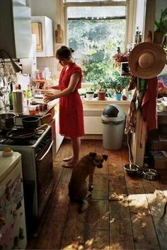 Sunday mornings...cooking breakfast for More and Jacko :)