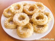Onion Rings, Baking Tips, Cheesecakes, Doughnut, Feta, Biscuits, Goodies, Food And Drink, Xmas