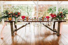 Aranjamente Florale pentru Nunti, buchete, decorațiuni. Calitate și creativitate pentru nunți și botezuri minunate! Suna-ma chiar acum! Floral Wedding, Wedding Flowers, Events, Table Decorations, Bride, Ideas, Design, Home Decor, Wedding Bride