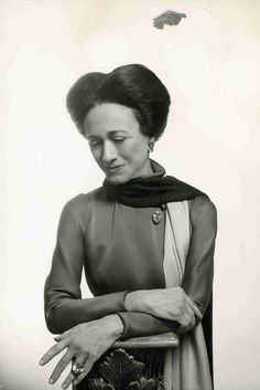 Wallis, Duchess of Windsor, wearing her  mammoth 47.14-carat fancy intense yellow diamond ring. After her death it was acquired by Estee Lauder, who had it fashioned into a pendant. Such item was sold at Sotheby's after Mrs Lauder's demise.