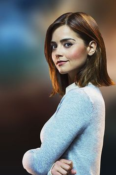 BBC One - Doctor Who, Series 9 - Clara Oswald Take a look at a mixture of pins all to do with the topic of Doctor Who. Doctor Who Clara, Bbc Doctor Who, Twelfth Doctor, Short Hair Cuts, Short Hair Styles, Doctor Who Companions, New Short Hairstyles, First Doctor, Madame