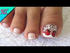 DECORACIÓN DE UÑAS MARGARITA PARA PIES - FRENCH NAIL ART - DAISY FLOWER NAIL ART - NLC - YouTube Pretty Toe Nails, Pretty Toes, Love Nails, Cute Pedicure Designs, Toe Nail Designs, Cute Pedicures, French Pedicure, Toe Polish, Feet Nails
