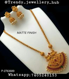 Latest Gold Chain With Pendant Pearl Necklace Designs, Jewelry Design Earrings, Gold Earrings Designs, Gold Necklace, Gold Designs, Jewelry Necklaces, Gold Chain Design, Gold Bangles Design, Gold Jewellery Design