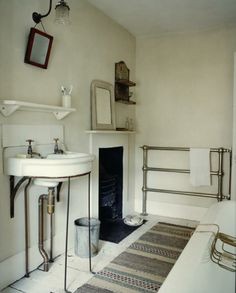 A bathroom with a fireplace? Love this effortless-chic bathroom from The Hawley House Project . Georgian Interiors, Georgian Homes, Georgian Townhouse, White Interiors, Cottage Interiors, Bathroom Inspiration, Interior Inspiration, Bathroom Fireplace, Gas Fireplace