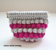 https://flic.kr/p/dPpjPq | bobble stitch flex frame pouch | blogged