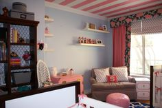Striped ceiling - LOVE! #nursery #twins #nurserydecor