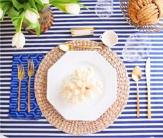 Tons of ideas for your labor day celebration. From nautical to colorful to patriotic.how will you decorate your table for a labor day party? Beach Dinner Parties, Summer Parties, Coastal Style, Coastal Decor, Nautical Party, Nautical Wedding, Nautical Design, Nautical Stripes, Bridal Shower Tea