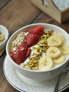 Smoothie Bowls – The Smoothie Spot Fruit Smoothie Recipes, Smoothie Bowl, Red Fruit, Vegetarian Paleo, Quick Recipes, Clean Eating Snacks, Brunch, Easy Meals, Breakfast