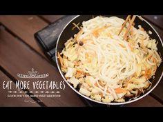 野菜の出汁がきいてる焼うどんの作り方 | EAT MORE VEGETABLES