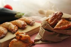 Cocinando con las Chachas: Empanadillas de atún al horno (masa casera)