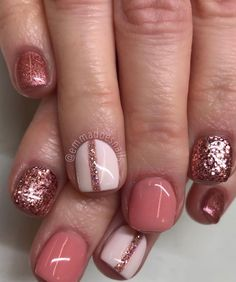 Semi-permanent varnish, false nails, patches: which manicure to choose? - My Nails Shellac Nails, Nail Manicure, Acrylic Nails, Nail Polish, Stiletto Nails, Nails Inc, Fancy Nails, Pink Nails, Cute Nails