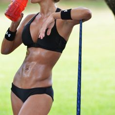 Now there's some motivation for working out and eating right.... Those abs will be MINE!!!!