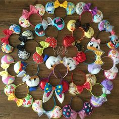 Minnie ears - The Trend Disney Cartoon 2019 Mini Mouse Ears, Disney Minnie Mouse Ears, Diy Disney Ears, Disney Bows, Disney Diy, Disney Crafts, Mickey Ears Diy, Disney Ears Headband, Disney Headbands
