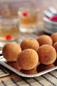 Cuban Potato Balls (Or Papas Rellenas if you feel like being authentic) _ Seasoned beef stuffed inside a ball of mashed potatoes. Breaded and fried until golden brown and crispy all around.