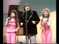 One of the funniest Eurovision moments ever! You have to watch it to believe it. The choreography! The corny music! Pink spandex! All thanks to Fredi and his friends.