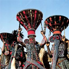 Cultures Du Monde, World Cultures, African Masks, African Art, Tribal Costume, Art Premier, Photo Portrait, Art Africain, African Tribes