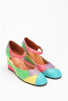 Vntage '60s Patchwork Wedges   I had forgotten about these shoes. Everyone had them. SHopkins