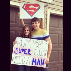 Tolo* o: This is adorbs. Maybe the day before give him a wrapped box and inside … Tolo* o: This is adorbs. Maybe the day before give him a wrapped box and inside is a superman t-shirt and a little notes telling him to wear it the next day. o: ahhh. Dance Proposal, Homecoming Proposal, Prom Posals, Homecoming Dresses, Homecoming Signs, Homecoming Week, High School Dance, School Dances, Girl Ask Guy