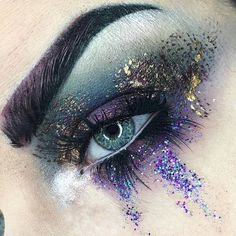 Explore Halloween Makeup Ideas of All Time in this gallery. We share a huge collection of the best Halloween makeup ideas ever shared on internet. Makeup Goals, Makeup Inspo, Makeup Art, Makeup Inspiration, Beauty Makeup, Makeup Ideas, Makeup Tutorials, Pinterest Instagram, Makeup Designs