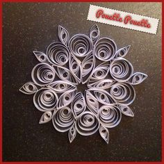 Snowflakes quilling