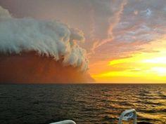 En images : Tsunami de sable et les nouveaux extrêmes météorologiques que traverse, notamment, l'Australie.