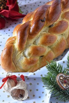 Vánočka (ne)obyčejná – PEKÁRNOMÁNIE Bread, Buns, Food, Brot, Essen, Baking, Meals, Breads, Yemek