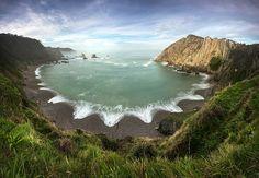 #Asturias La Playa del Silencio y sus 500 metros de largo. | Fotos: Roberto Iván Cano.