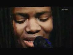 Tracy Chapman - Baby Can I Hold You (Live 2002)- beautiful version of one of my favorite songs
