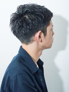 大人ビジネスOK!2ブロックの爽やかショート Layered Haircuts, Haircuts For Men, Beauty Box, Hair Beauty, Korean Fashion, Mens Fashion, Haircut And Color, Medium Hair Cuts, Korean Men