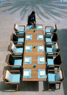 Table à manger / contemporaine / en teck / à rallonge IXIT 360 by Kris Van Puyvelde Royal Botania