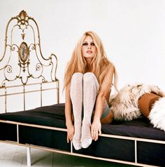 bardot in bed