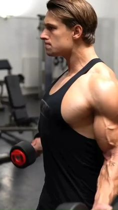 Gym Workout Videos, Gym Workout For Beginners, Gym Workouts, Bicep And Tricep Workout, Dumbbell Workout, Bodybuilding Workout Plan, Fitness Tips For Women, Weight Training Workouts, Chest Workouts