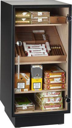 adorini Prato Deluxe - Armoire à cigares Deluxe Cigars And Whiskey, Good Cigars, Pipes And Cigars, Cigar Humidor, Cigar Boxes, Cigar Shops, Cigar Art, Cigar Club, Cigar Accessories