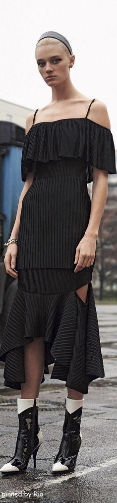 Givenchy Pre Fall 2016 l Ria