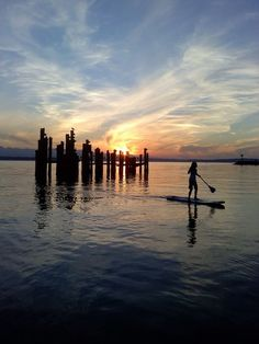 paddle board   ♥´¯`•.¸¸.☆ pinned by http://www.wfpblogs.com/category/nicoles-blog/ ☆.¸¸.•´¯`♥