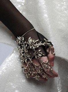 lamorbidezza:  Chanel Pre-Fall 2009 Details