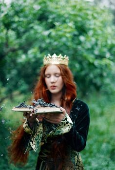 The Enchanted Storybook Elfen Fantasy, Celtic Goddess, Fantasy Photography, Gods And Goddesses, Character Inspiration, Story Inspiration, Redheads, Fairy Tales, Portraits