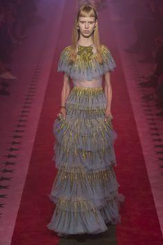 Gucci Spring 2017 Ready-to-Wear Fashion Show - Lululeika Ravn Liep