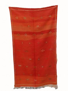 MOROCCAN BERBER RUG de la boutique timitar sur Etsy Living Room Size, Moroccan Berber Rug, Art Base, Wool Carpet, Ancient Civilizations, Weaving Techniques, Woven Rug, Favorite Color, Hand Weaving